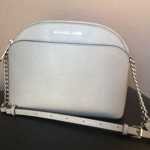 Michael Kors Jet Set crossbody purse!
